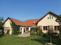 Ferienhaus 1657593 für 6 Personen in Lócs