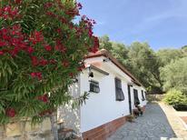 Ferienhaus 1669742 für 4 Personen in Trinità