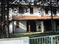 Semesterhus 1669881 för 8 personer i Lido delle Nazioni