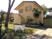 Holiday apartment 1670081 for 6 persons in Lido delle Nazioni