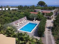 Casa de vacaciones 1670591 para 4 personas en Linera