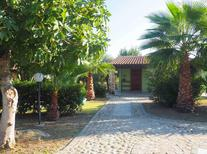 Holiday apartment 1670878 for 4 persons in Le Castella