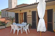 Appartement de vacances 1670918 pour 6 personnes , Marina di Campo