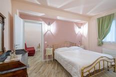 Ferienwohnung 1670978 für 4 Personen in Lastra A Signa