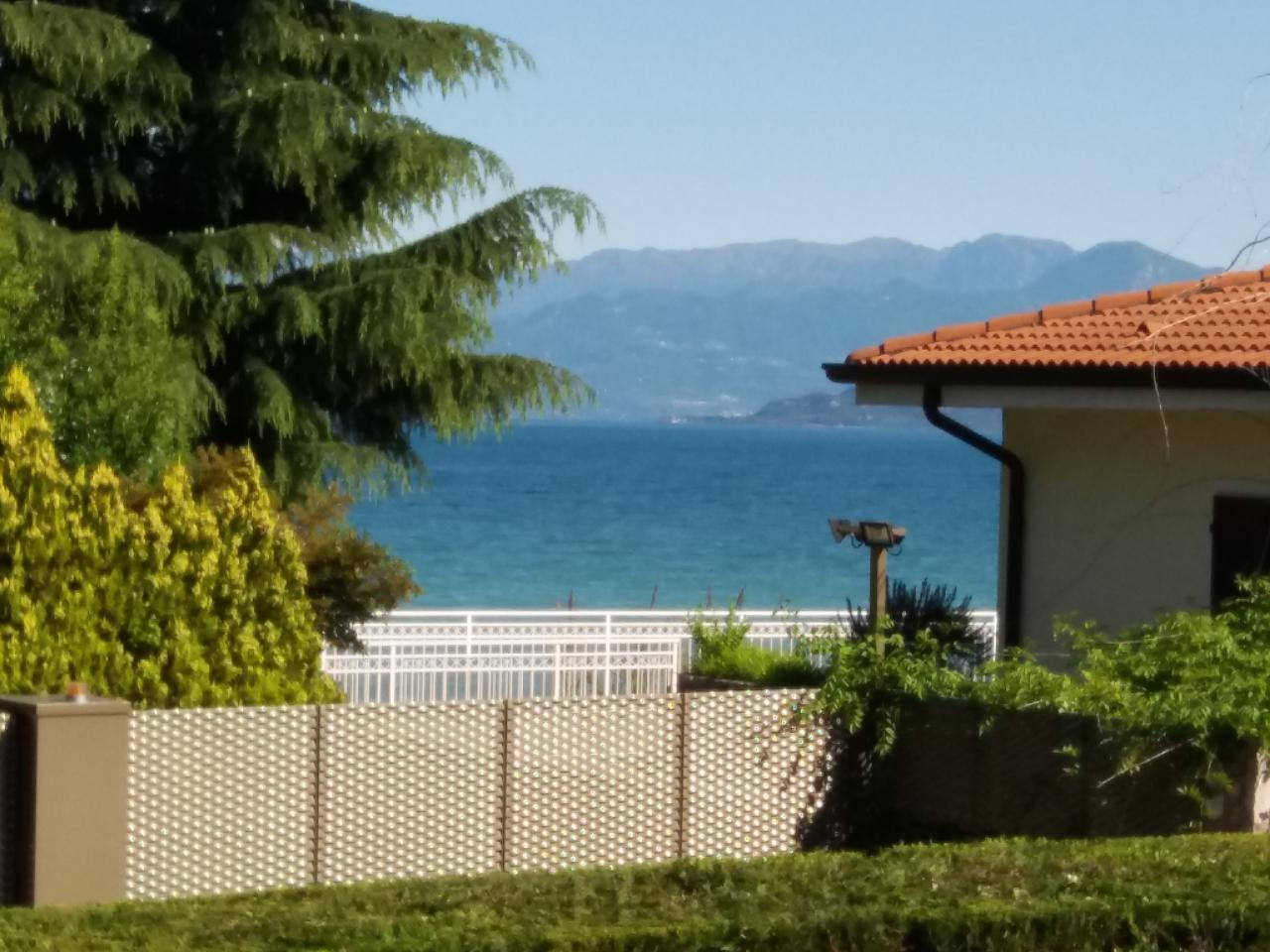 "FeWo ""P-21"" direkt am Seeufer, ca 60 qm,   Gardasee - Lago di Garda"