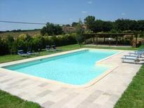Appartement 1671841 voor 10 personen in Perugia
