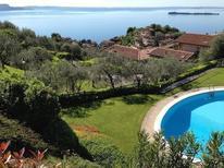 Ferienwohnung 1671947 für 4 Personen in Gardone Riviera