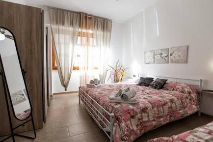 Für 12 Personen: Hübsches Apartment / Ferienwohnung in der Region Alghero