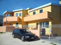 Appartement 1672316 voor 6 personen in Orosei
