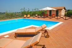 Ferienhaus 1672545 für 16 Personen in Magliano Sabina