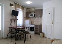 Studio 1673399 für 2 Personen in Tivat