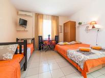 Holiday apartment 1673403 for 4 persons in Tivat