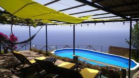 Ferienhaus 1674237 für 2 Personen in Estreito da Calheta