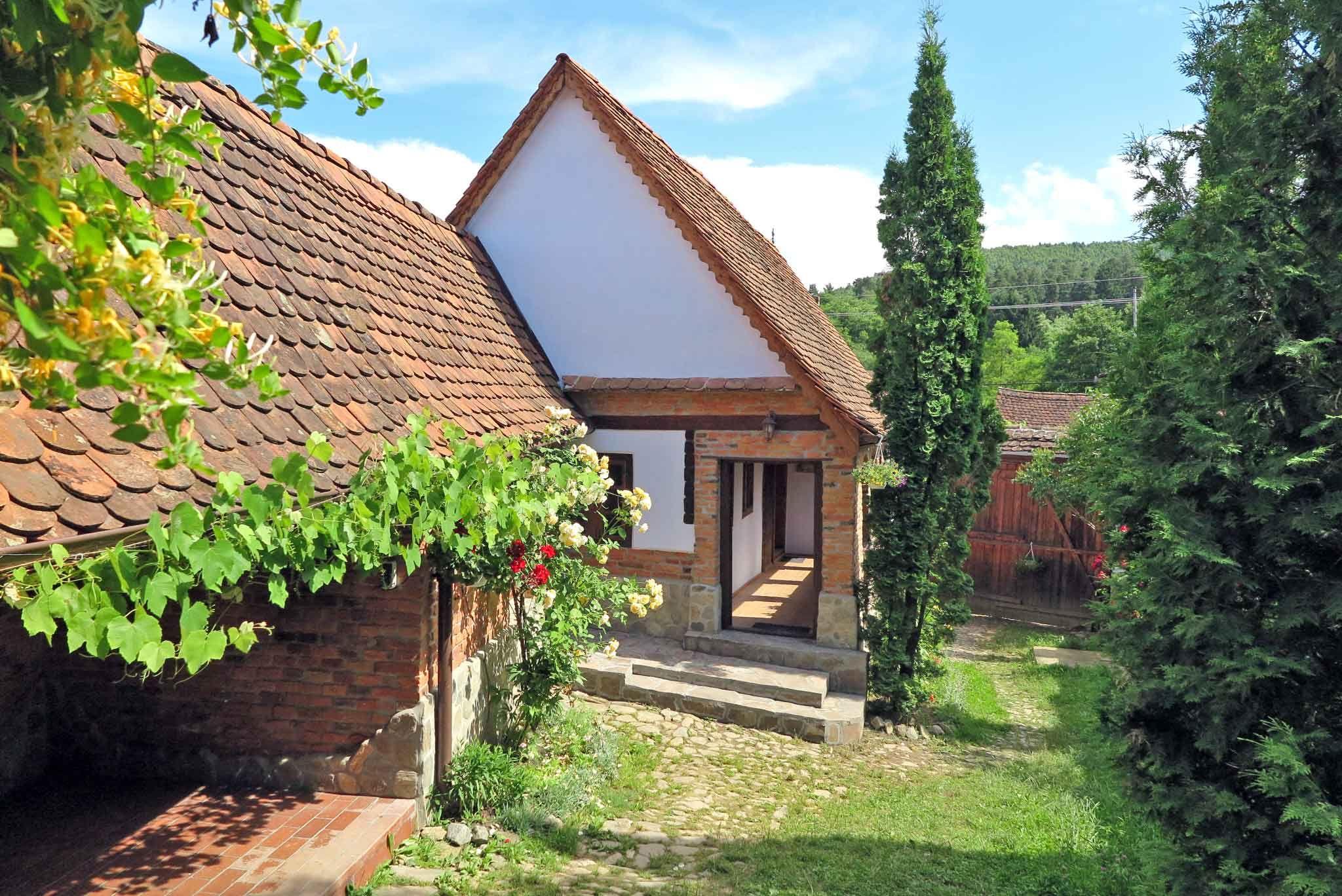 CASA LOPO Bauernhof in urigem Hirtendorf am Fuße der Karpaten Transsilvaniens bei Sibiu Hermannstadt Siebenbürgen Rumänien