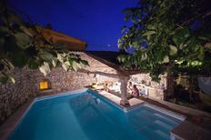 Maison de vacances 1674416 pour 8 personnes , Dutovlje