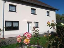 Ferienhaus 1679524 für 8 Personen in Hellenthal