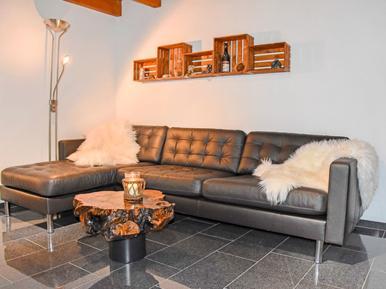 Gemütliches Ferienhaus : Region Agarone für 5 Personen