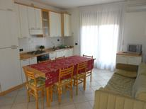Holiday apartment 1689492 for 9 persons in Rosolina