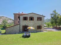 Holiday apartment 169548 for 3 persons in Apecchio