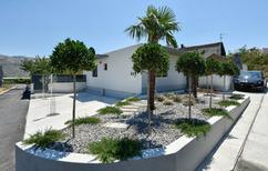 Ferienhaus 1695222 für 9 Personen in Split