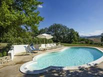 Holiday home 1695647 for 8 persons in Cossignano