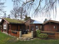 Villa 1695802 per 5 persone in Vejlby Fed