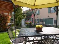 Ferienhaus 1696019 für 8 Personen in Bardolino