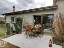 Vakantiehuis 1696426 voor 4 personen in Saint-Just-Saint-Rambert