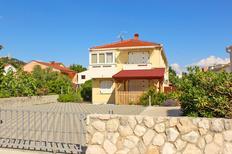Apartamento 1696888 para 3 personas en Baška