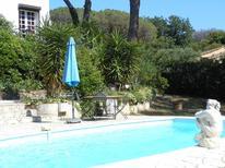Villa 1697556 per 6 persone in Les Issambres