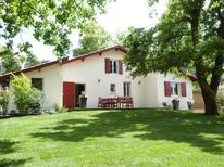 Holiday home 1697560 for 7 persons in Martillac