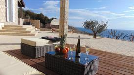 Ferienwohnung 1697649 für 5 Personen in Zavala