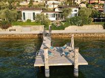 Vakantiehuis 1697849 voor 6 personen in Castelletto di Brenzone