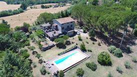 Vakantiehuis 1697893 voor 7 personen in San Venanzo