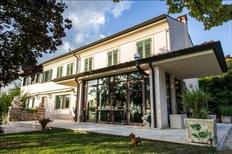 Ferienhaus 1697894 für 8 Personen in Verona