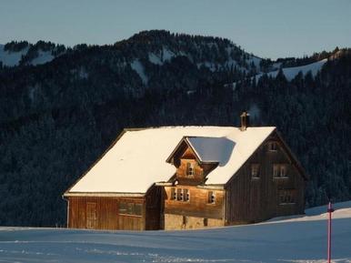 Gemütliches Ferienhaus : Region Ostschweiz für 10 Personen