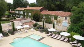 Casa de vacaciones 1699498 para 24 personas en Annepont