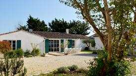Holiday home 1706354 for 10 persons in Sainte Marie de Ré