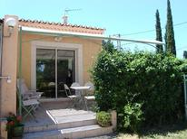 Holiday home 1706717 for 4 persons in Mollégès
