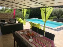 Holiday home 1707006 for 6 persons in Lirac