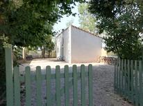 Holiday home 1707429 for 2 persons in Bédarrides