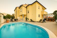 Holiday home 1709586 for 8 persons in Pula