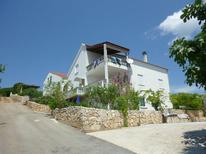 Holiday apartment 1709793 for 2 persons in Zavalatica