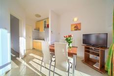 Holiday apartment 1709815 for 4 persons in Čižići