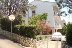 Holiday apartment 1709932 for 8 persons in Dramalj