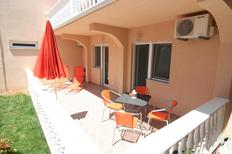 Holiday apartment 1710297 for 4 persons in Vir