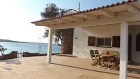 Holiday home 1712379 for 5 persons in Isola Rossa