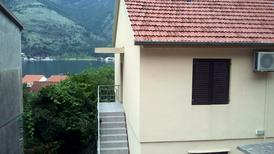 Holiday apartment 1713508 for 5 persons in Dobrota