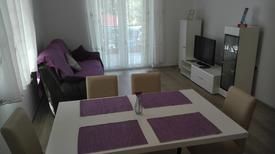 Holiday apartment 1717302 for 8 persons in Brodarica