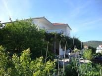 Holiday apartment 1717387 for 5 persons in Vinisce